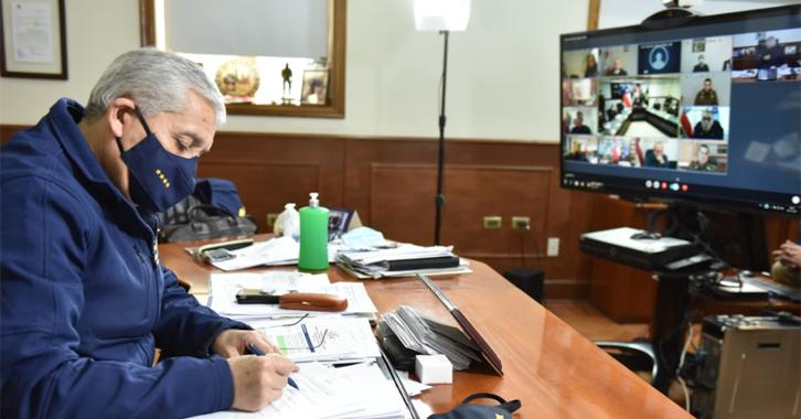 Primera reunión binacional de policías de Chile y Perú  